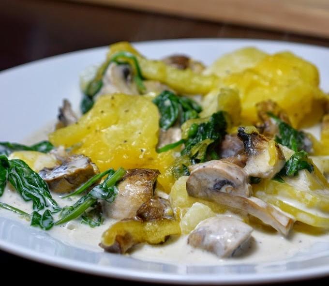 Veganer Kartoffel-Spinat-Auflauf