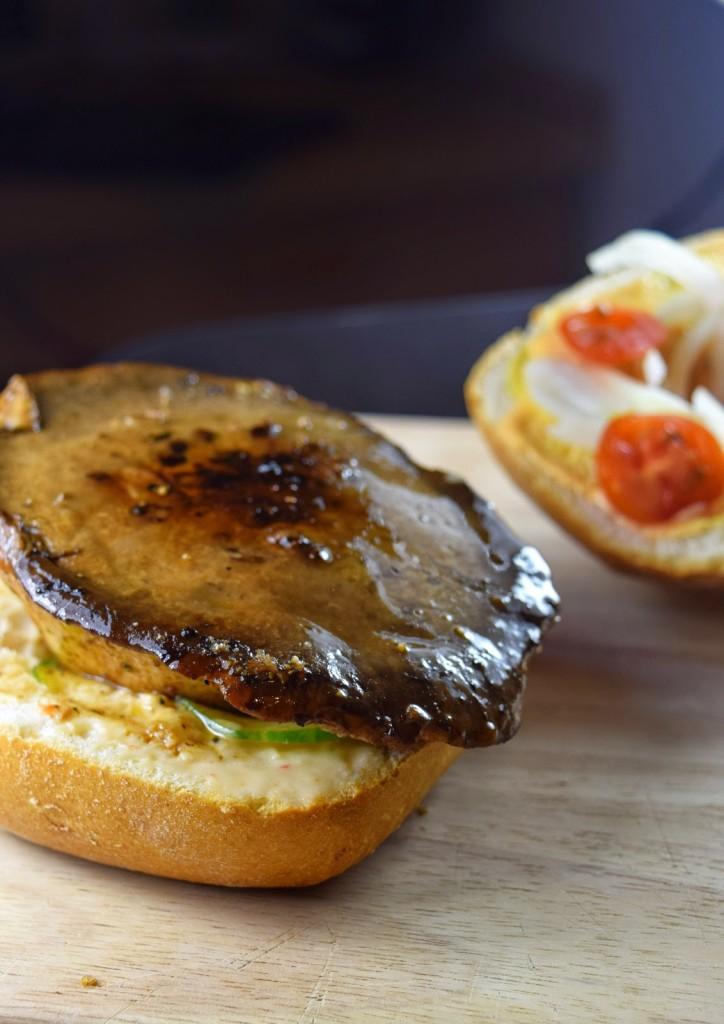 Pilz-Burger ausKräuterseitlingen - vegan & einfach