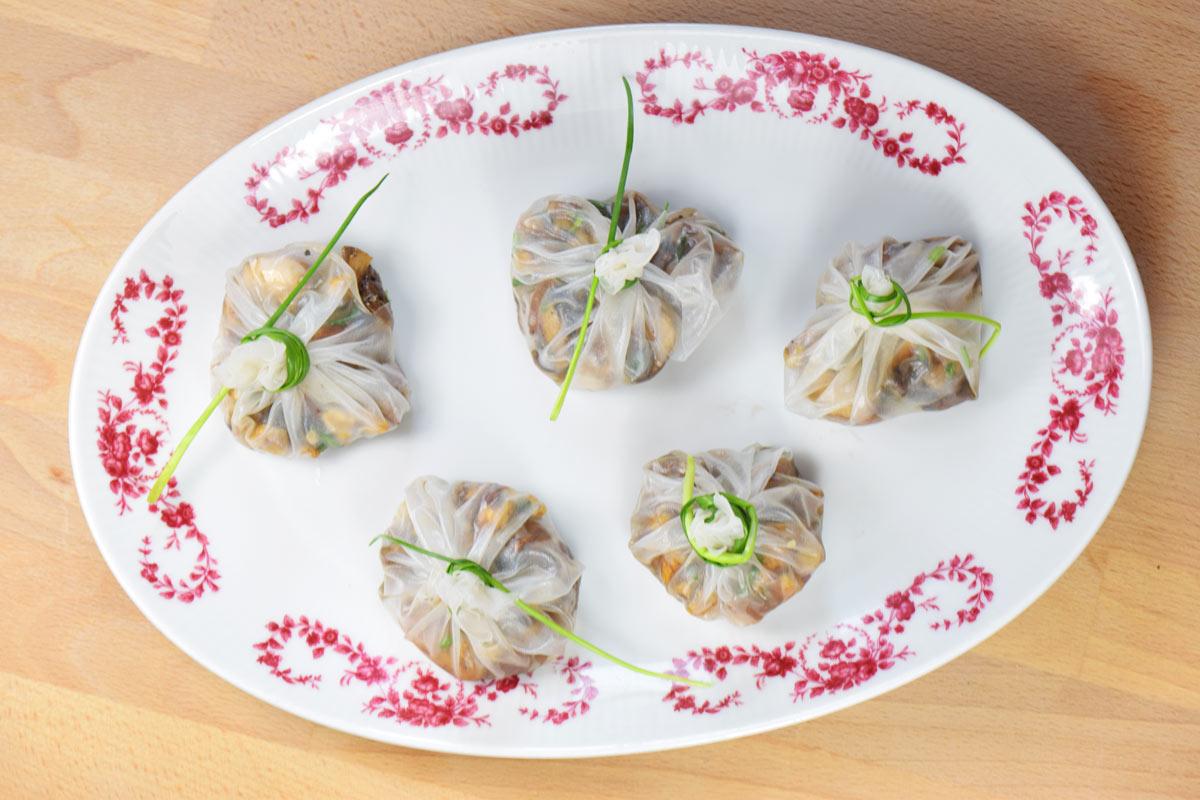 Reispapier-Säckcken mit Pilzen (vegan)