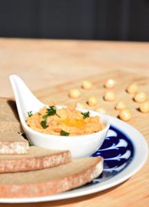 Tomaten-Hummus (vegan)