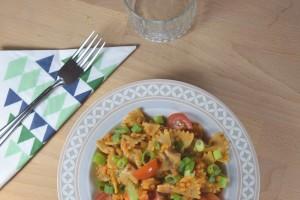 Orientalische Pasta mit Linsen und Gemüse (vegan)