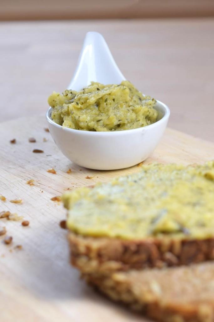 Zucchinipaste (vegan) als Dip oder Aufstrich