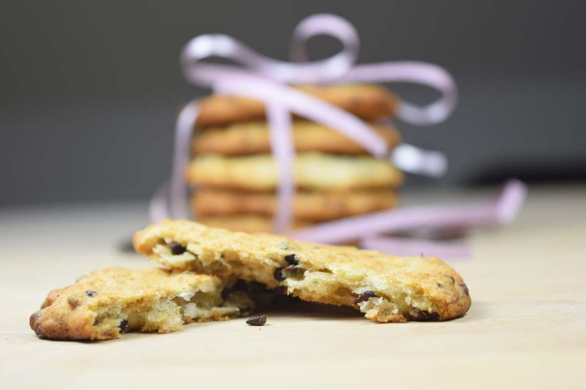 Cookies mit Banane, Nuss und Kakaonibs