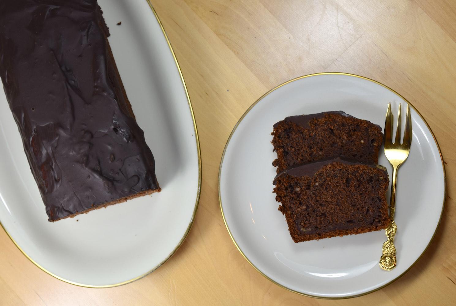 Saftiger Schoko-Bananen-Kuchen: vegan & einfach
