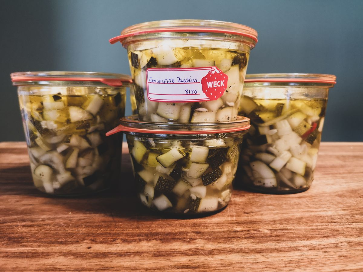 Rezept: Aromatische Zucchini einkochen