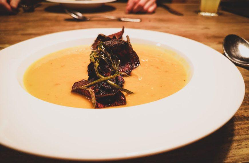 Kürbis-Gelbe-Bete-Suppe